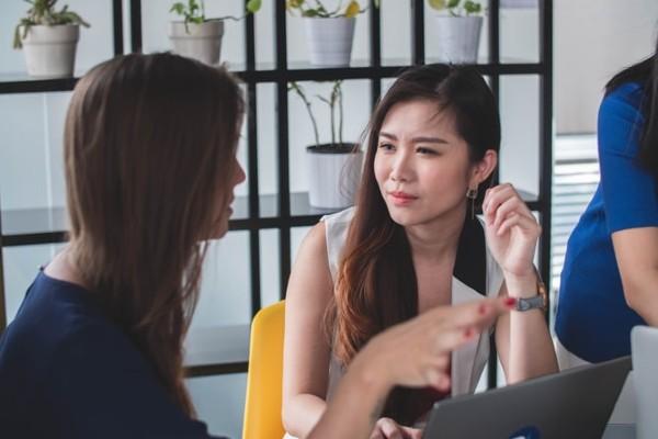Sự tương tác giữa các bộ phận nhân sự có ảnh hưởng đến tiến độ công việc