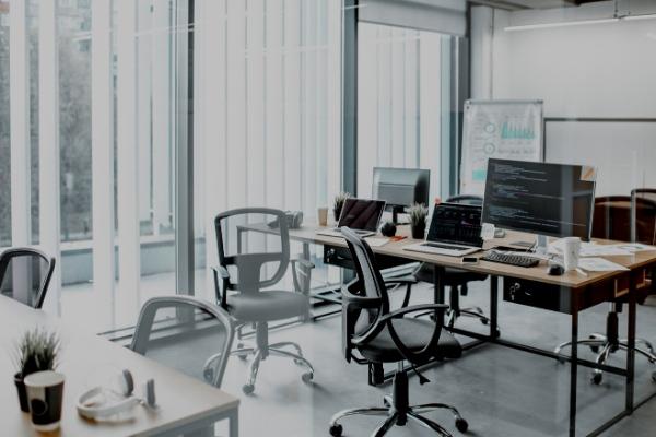 Kiến trúc văn phòng được thiết kế theo không gian mở, tràn ngập ánh sáng